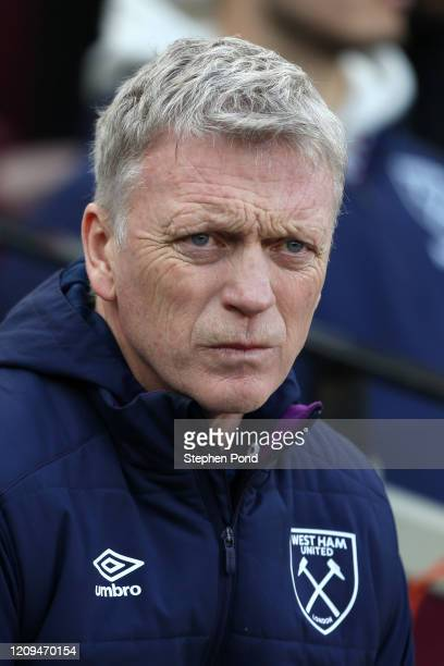 David Moyes Manager of West Ham United looks on prior to the Premier League match between West Ham United and Southampton FC at London Stadium on...