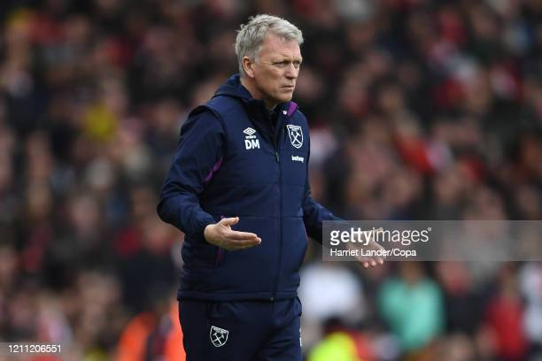 David Moyes Manager of West Ham United reacts during the Premier League match between Arsenal FC and West Ham United at Emirates Stadium on March 07...