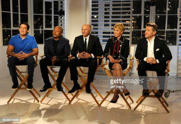 20/20 David Muir and Elizabeth Vargas interview the cast of Walt Disney Television via Getty Images's Shark Tank airing on a special edition of 20/20...