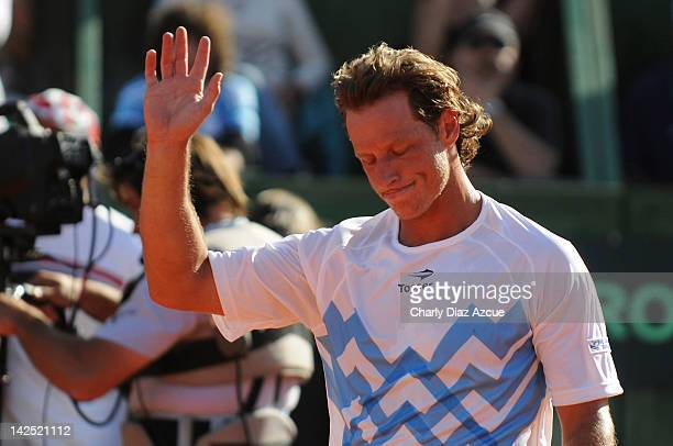 David Nalbandian of Argentina leaves the court after loosing against Marin Cilic in five sets during the series between Argentina and Croatia for the...