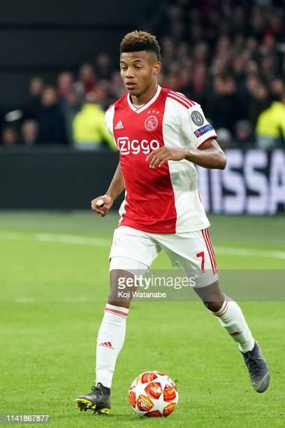 David Neres Campos of Ajax in action during the UEFA Champions League Quarter Final first leg match between Ajax and Juventus at Johan Cruyff Arena...
