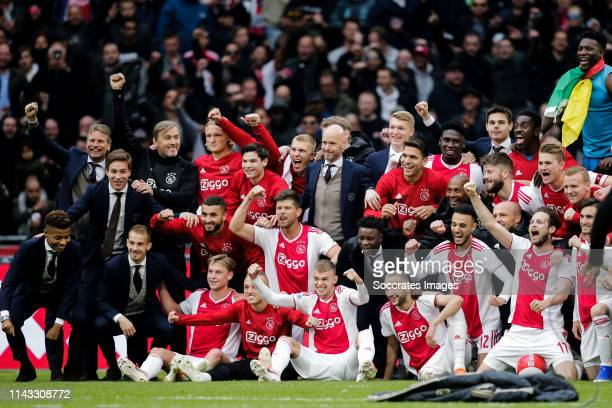 David Neres of Ajax Carel Eiting of Ajax Vaclav Cerny of Ajax Frenkie de Jong of Ajax Lasse Schone of Ajax Hakim Ziyech of Ajax Kasper Dolberg of...