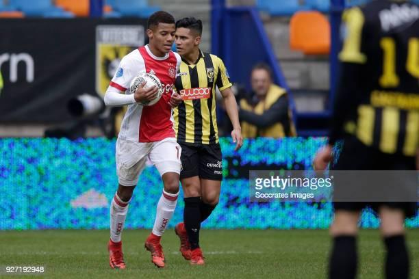 David Neres of Ajax celebrates 32 during the Dutch Eredivisie match between Vitesse v Ajax at the GelreDome on March 4 2018 in Arnhem Netherlands