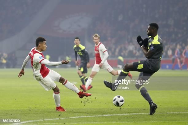 David Neres of Ajax Hirving Lozano of PSV Frenkie de Jong of Ajax Derrick Luckassen of PSV 10 during the Dutch Eredivisie match between Ajax...