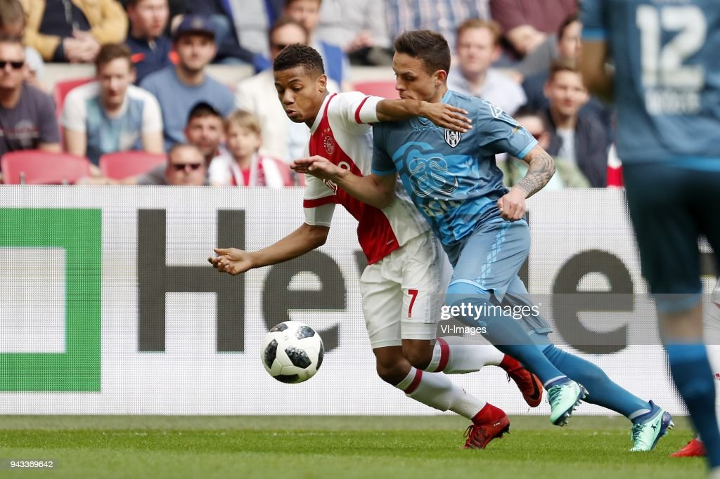 David Neres of Ajax, Jaroslav Navratil of Heracles Almelo during the Dutch Eredivisie match between Ajax Amsterdam and Heracles Almelo at the Amsterdam Arena on April 08, 2018 in Amsterdam, The Netherlands