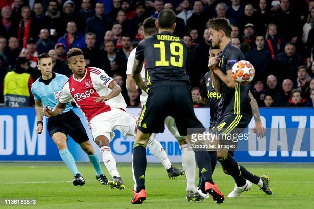 David Neres of Ajax scores the second goal to make it 11 during the UEFA Champions League match between Ajax v Juventus at the Johan Cruijff Arena on...