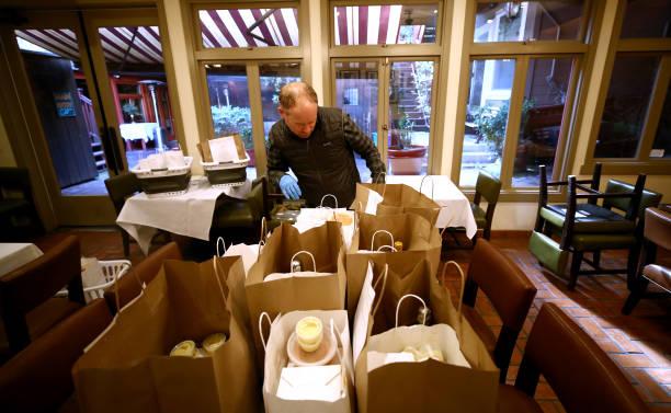 CA: Upscale San Francisco Restaurant Offers Curbside Pickup During Coronavirus Shutdown