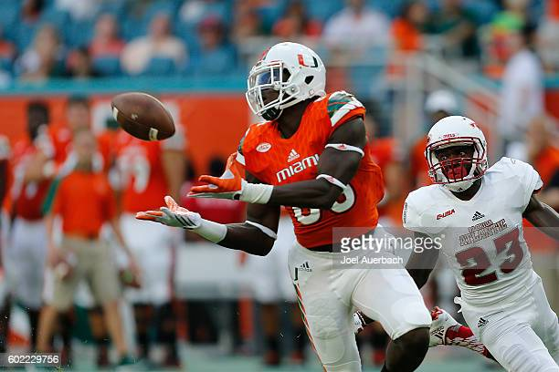 David Njoku of the Miami Hurricanes catches the ball during first quarter actin against the Florida Atlantic Owls on September 10 2016 at Hard Rock...