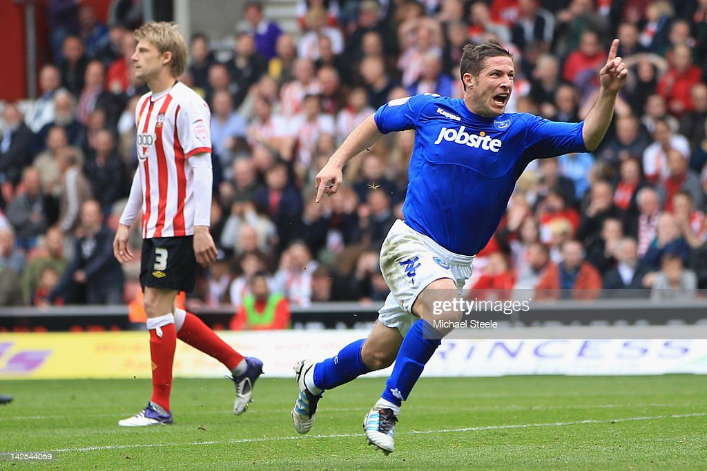 David Norris (R) of Portsmouth celebrates scoring his sides second equalising goal during the npower Championship match between Southampton and Portsmouth at St Mary's Stadium on April 7, 2012 in Southampton, England.