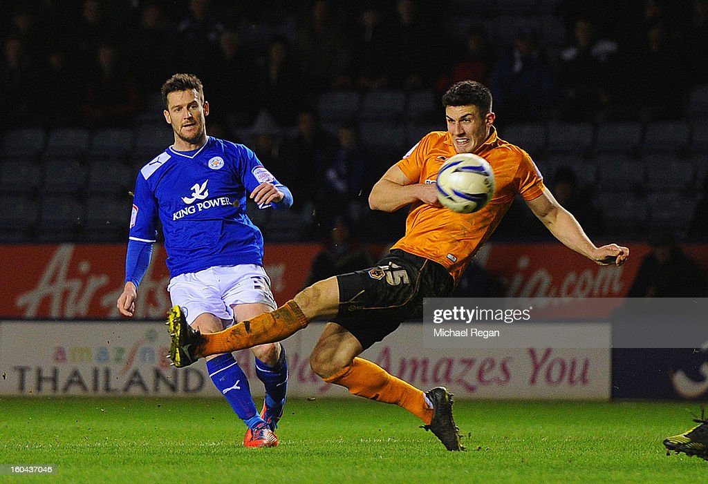 David Nugent of Leicester scores to make it 2-1 during the npower Championship match between Leicester City and Wolverhampton Wanderers at The King Power Stadium on January 31, 2013 in Leicester, England.