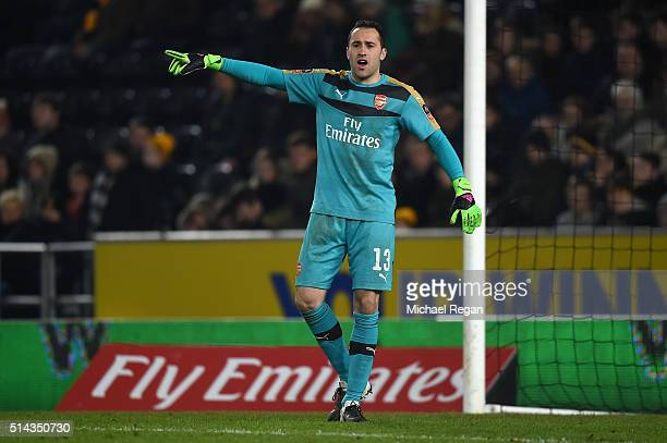 David Ospina of Arsenal gives instructions during the Emirates FA Cup Fifth Round Replay match between Hull City and Arsenal at KC Stadium on March 8...
