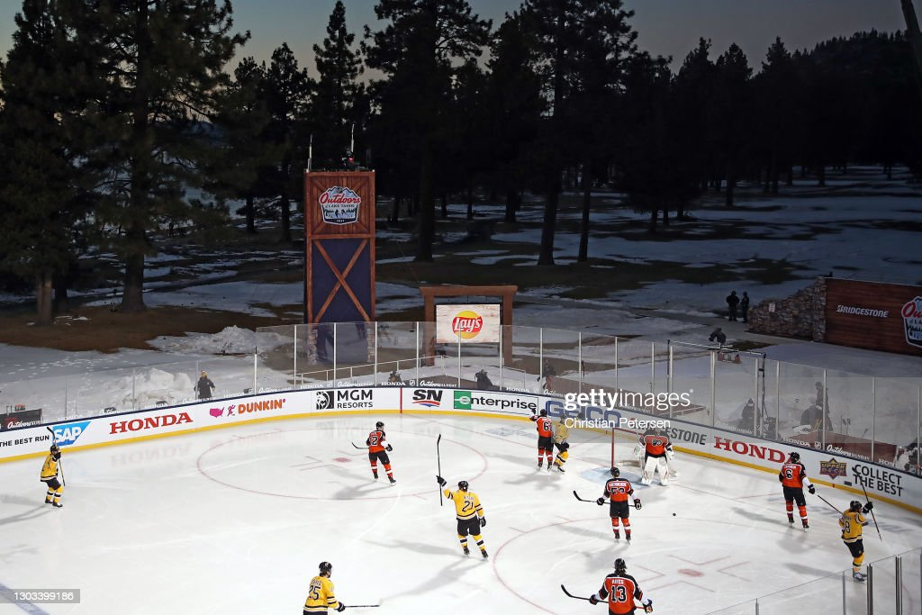 NHL Outdoors At Lake Tahoe - Philadelphia Flyers v Boston Bruins : News Photo