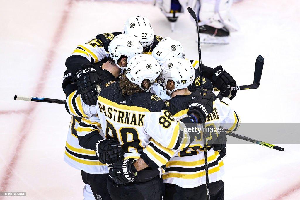 Boston Bruins v Tampa Bay Lightning - Game One : News Photo