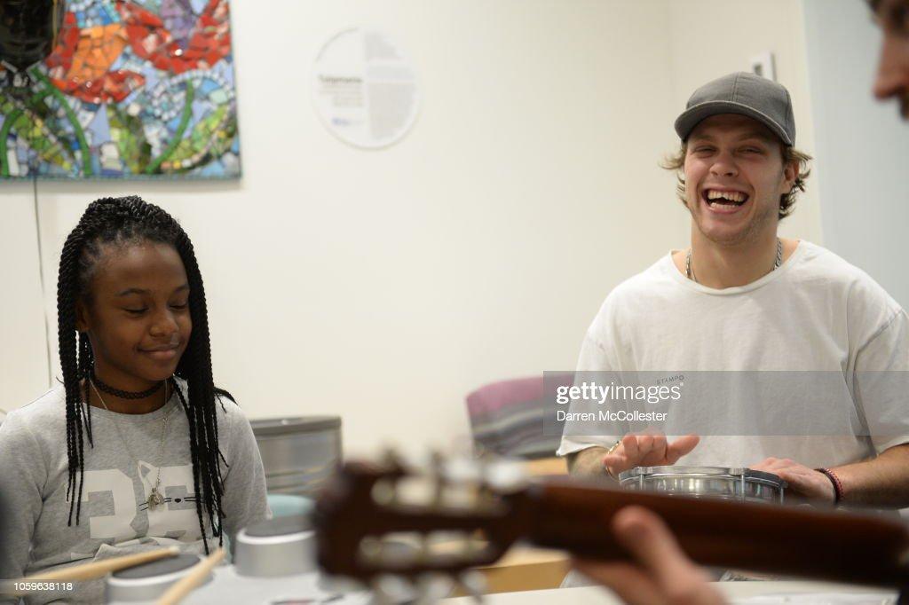 Boston Bruins' David Pastrnak Brings Smiles To Kids At Boston Chiildren's Hospital : News Photo