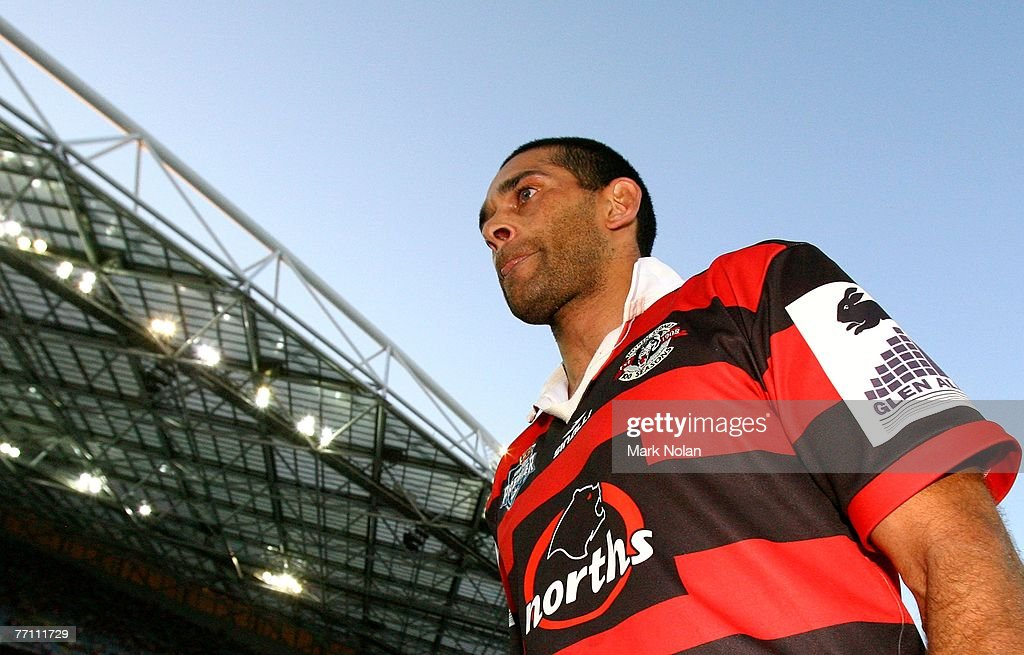 David Peachey of the Bears walks off the ground after playing his last rugby league match after the 2007 Premier League Grand Final between the Parramatta Eels and the North Sydney Bears at Telstra Stadium September 30, 2007 in Sydney, Australia.