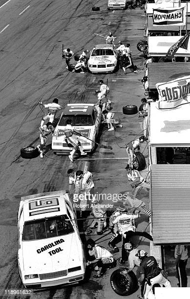 David Pearson makes a pit stop during the 1984 Daytona 500 on February 19 1984 at the Daytona International Speedway in Daytona Beach Florida