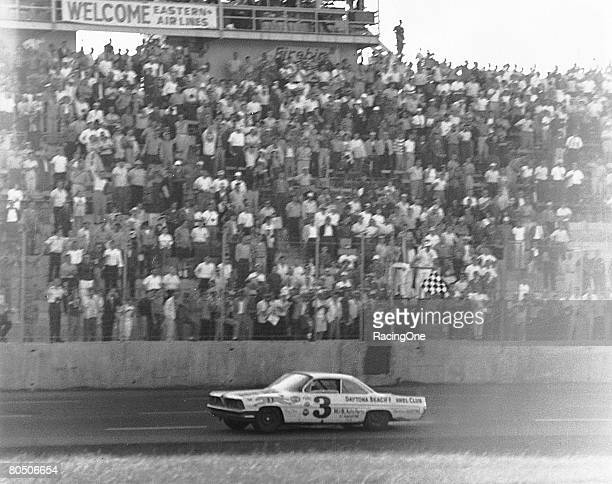 David Pearson won the World 600 at Charlotte Motor Speedway in 1961 driving the Ray Fox Pontiac Pearson was also fast qualifier