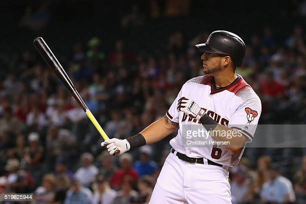 David Peralta of the Arizona Diamondbacks bats against the Colorado Rockies during the MLB game at Chase Field on April 6 2016 in Phoenix Arizona