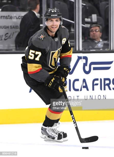 David Perron of the Vegas Golden Knights warms up before a preseason game against the San Jose Sharks at TMobile Arena on October 1 2017 in Las Vegas...