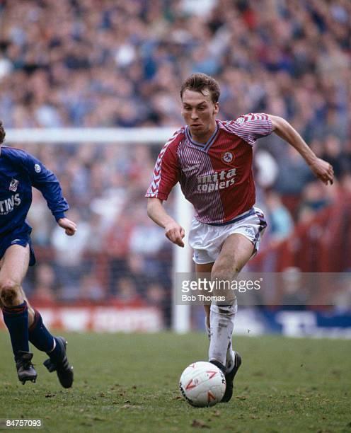 David Platt in action for Aston Villa against Oldham Athletic at Villa Park April 4th 1988