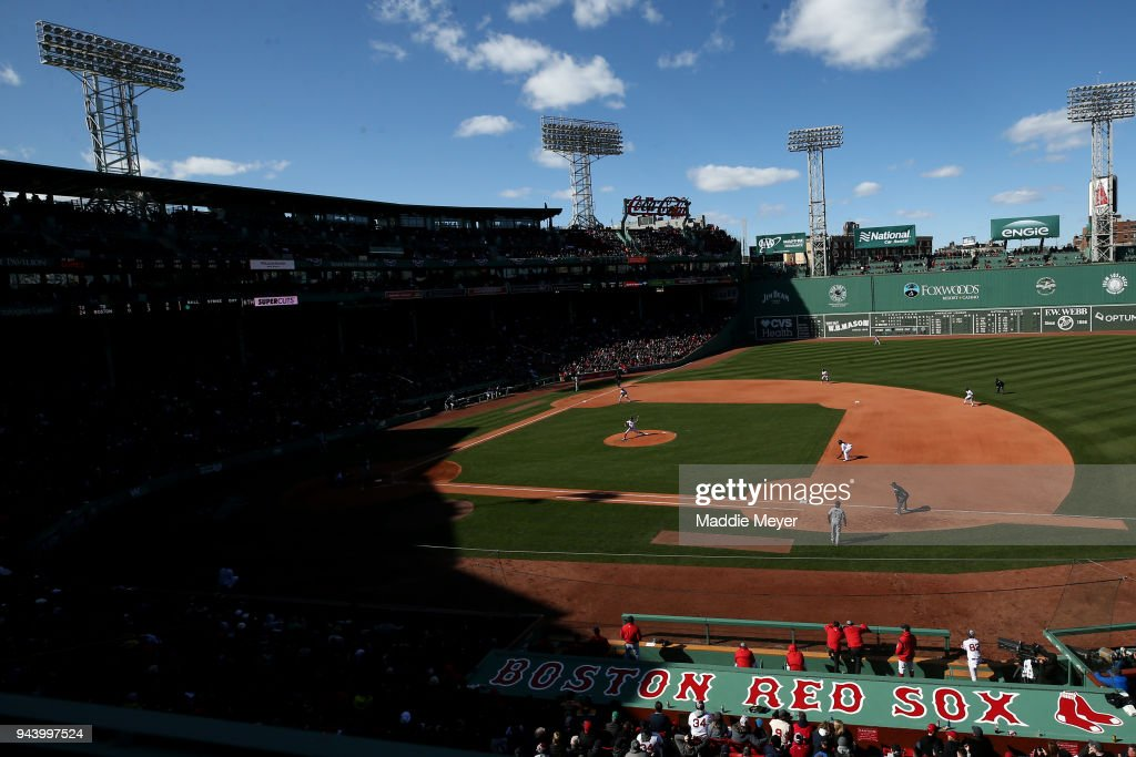 David Price #24 of the Boston Red Sox pitches during the Red Sox home opening game at Fenway Park against the Tampa Bay Rays on April 5, 2018 in Boston, Massachusetts.