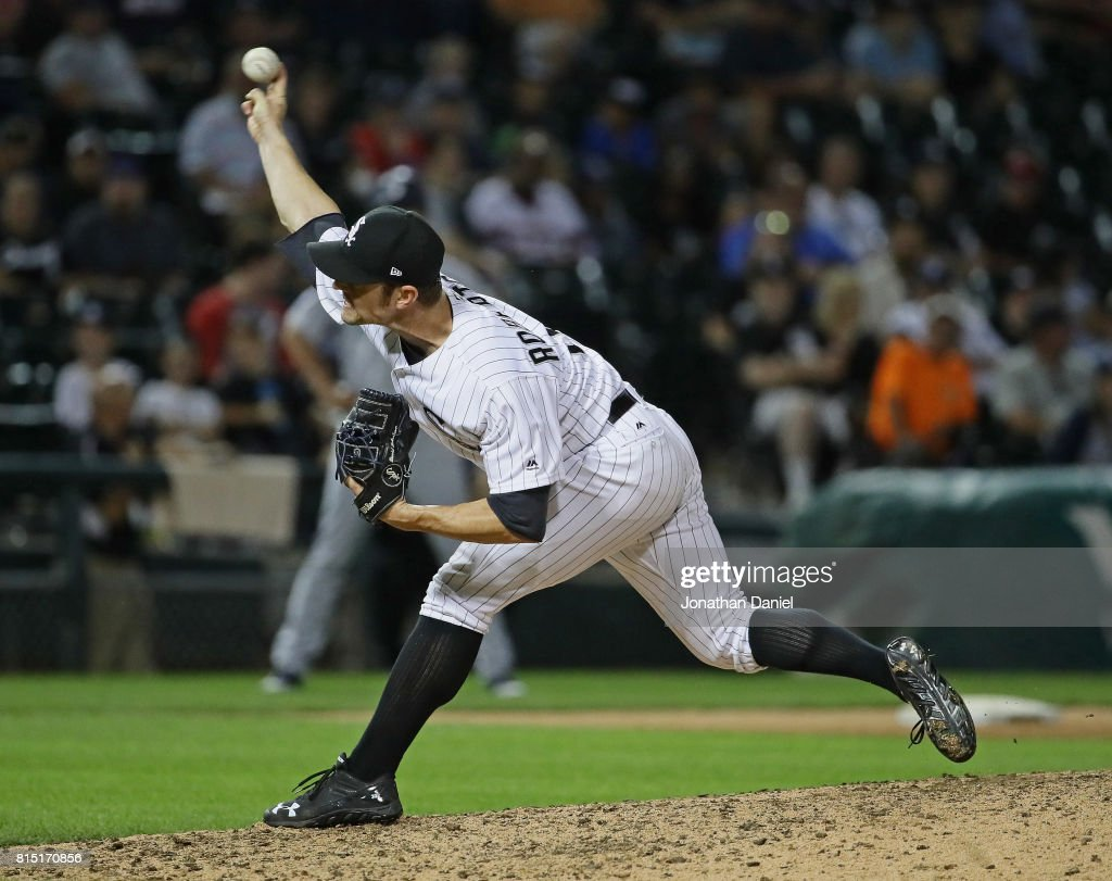 David Robertson #30 of the Chicago White Sox pitches in the 9th inning against the Seattle Mariners at Guaranteed Rate Field on July 15, 2017 in Chicago, Illinois. The Mariners defeated the White Sox 4-3.