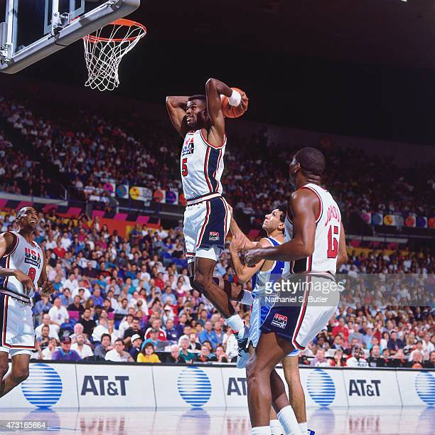 David Robinson of the US Mens Olympic Basketball Team dunks the ball circa 1992 during the 1992 Summer Olympics at Pavelló Olímpic de Badalona in...