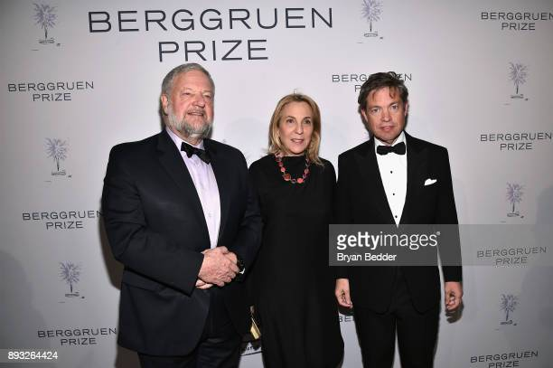 David Rockefeller Jr Susan Cohn Rockefeller and Chairman of the Berggruen Institute Nicolas Berggruen attend the Berggruen Prize Gala at the New York...