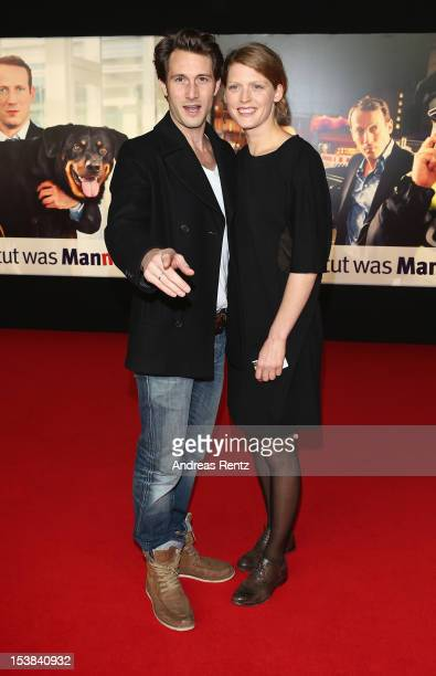 David Rott and wife Elena Rott attend the 'Mann Tut Was Mann Kann' Germany Premiere at CineStar on October 9 2012 in Berlin Germany