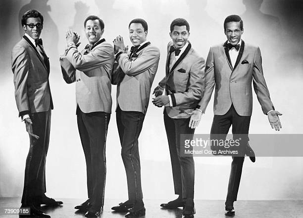 David Ruffin Melvin Franklin Paul Williams Otis Williams and Eddie Kendricks of the RB group The Temptations pose for a portrait in 1965 in New York...