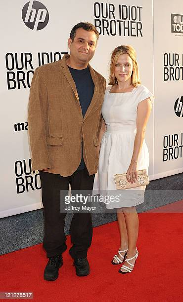 David Schisgall and Evgenia Peretz attend the Los Angeles premiere of Our Idiot Brother at ArcLight Hollywood on August 16 2011 in Hollywood...