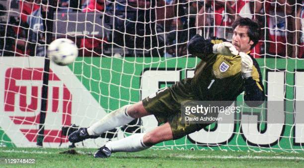 David Seaman during the penalty shoot out FIFA World Cup in France at the State Geoffory-Guichard in Saint-Etienne 30th June 1998.