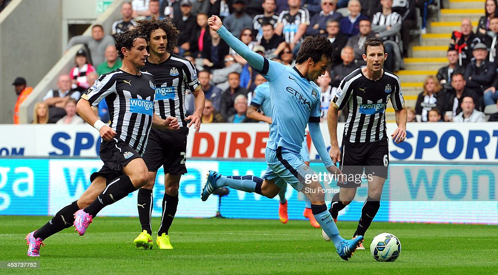 David Silva of Man City scores the opening goal during the Barclays Premier League match between Newcastle United and Manchester City at St James' Park on August 17, 2014 in Newcastle upon Tyne, England.