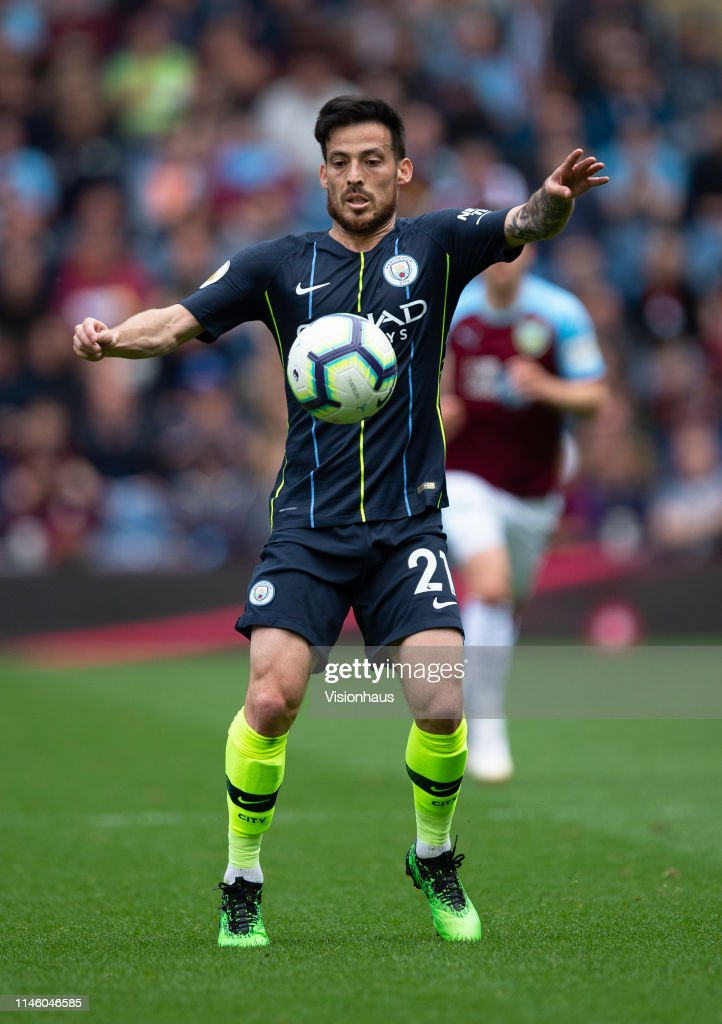 Burnley FC v Manchester City - Premier League : News Photo
