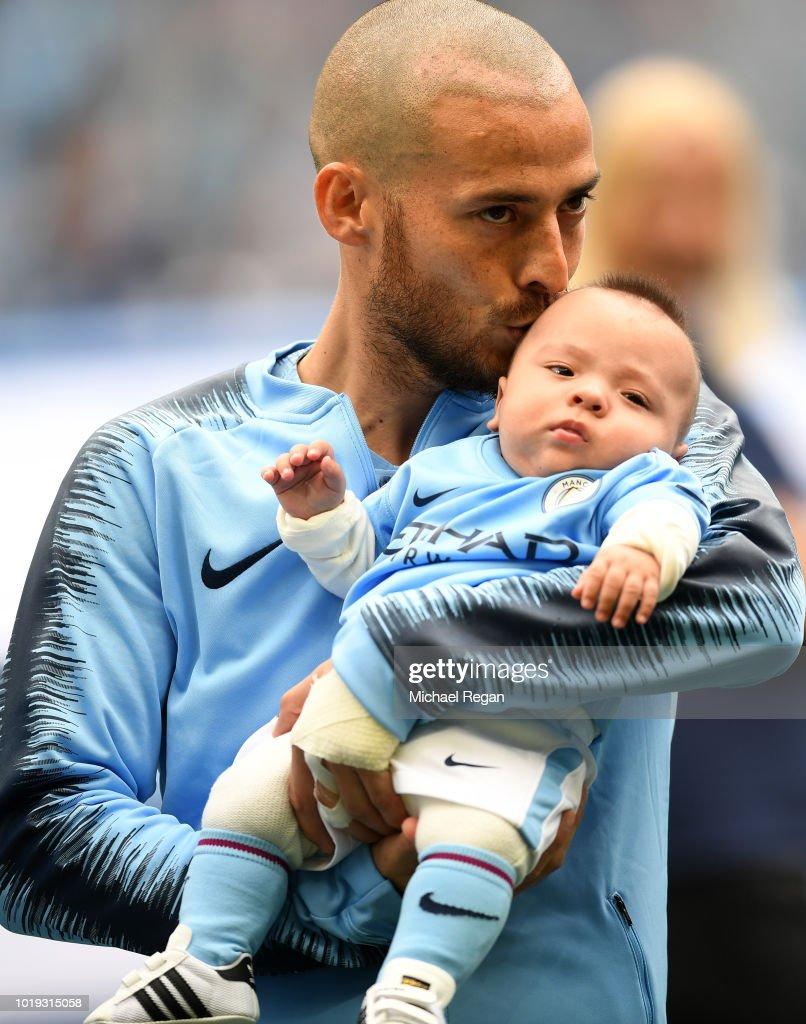 Manchester City v Huddersfield Town - Premier League