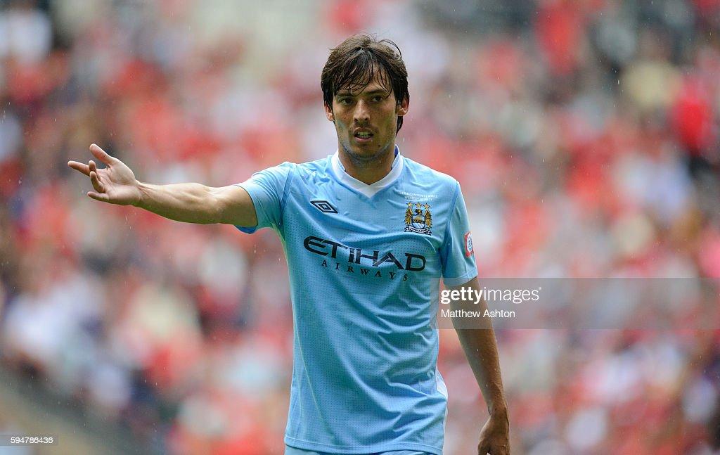 Soccer - FA Community Shield - Manchester City v Manchester United : News Photo