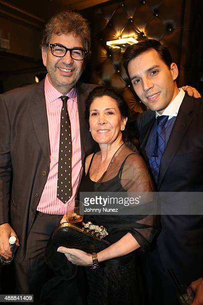 David Simone Shelley Ross and Ryan Silverman attend the 2014 Brotherhood/Sister Sol Voices 10 Benefit at The Edison Ballroom on May 8 2014 in New...