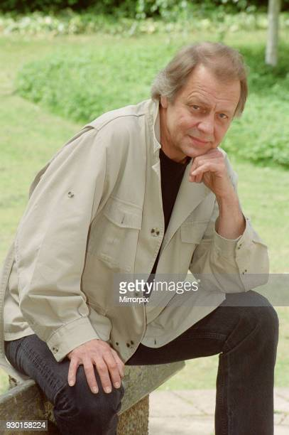 David Soul USn actor and singer Pictured in the Reading Berkshire area in 1999 David Soul is well known for playing Detective Kenneth 'Hutch'...