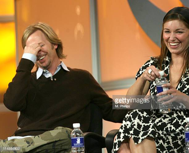 David Spade and Bianca Kajlich of Rules of Engagement