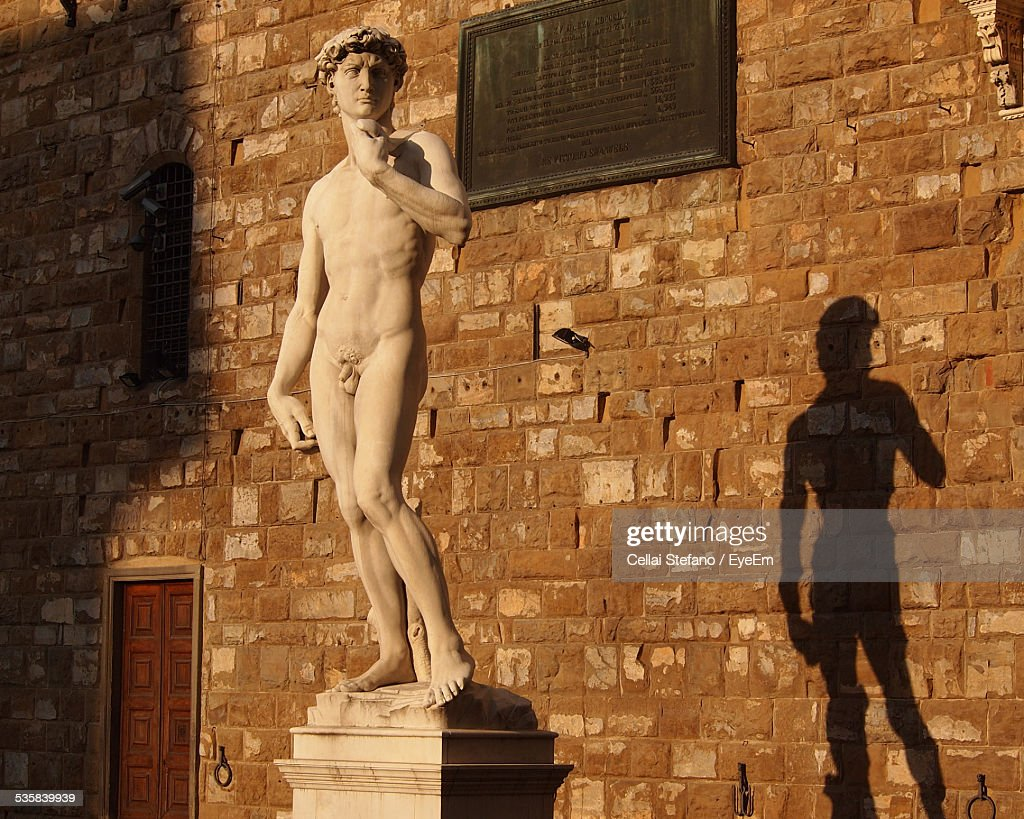 David Statue Against Building : Stock Photo