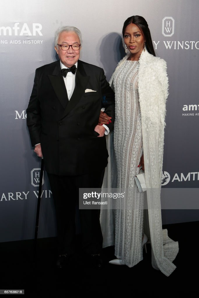 David Tan and Naomi Campbell attend the amfAR Hong Kong Gala at Shaw Studios on March 25, 2017 in Hong Kong, Hong Kong.