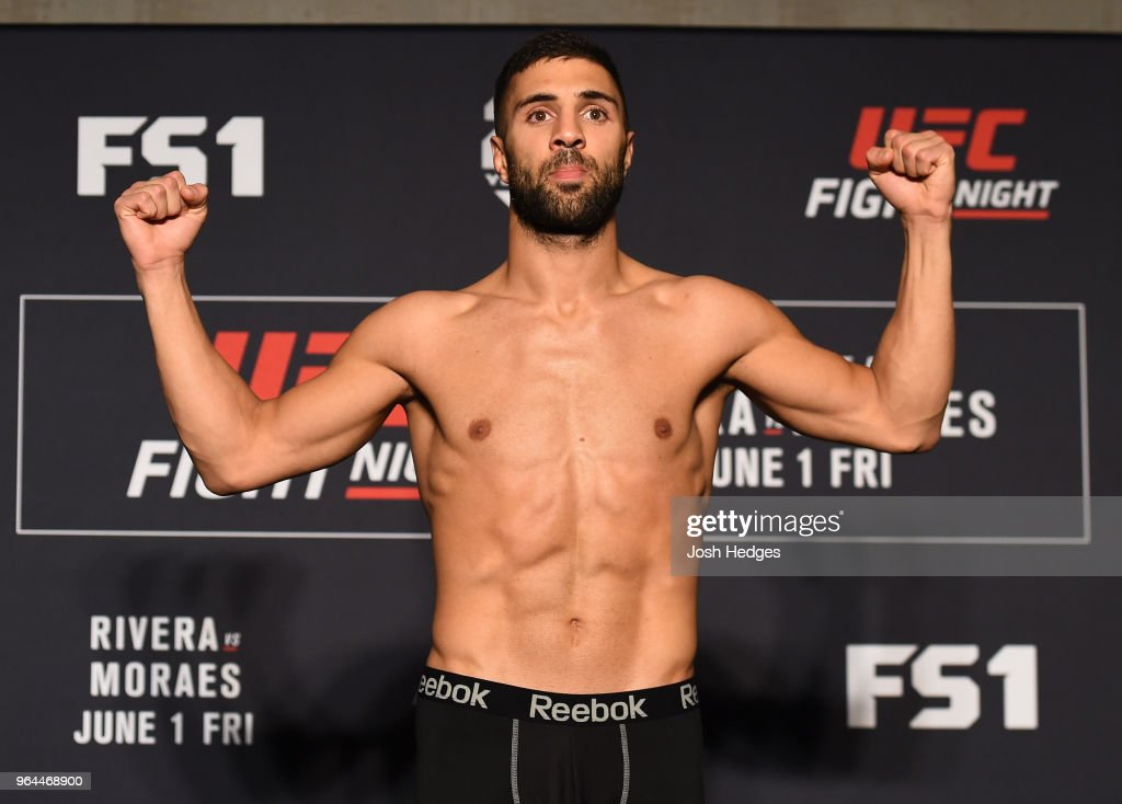 UFC Fight Night: Rivera v Moraes Weigh-in : Nieuwsfoto's