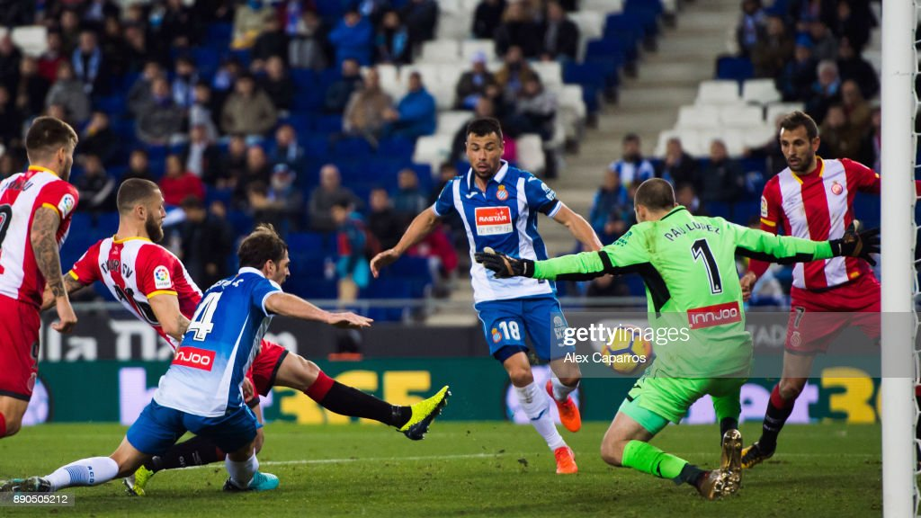 David Timor of Girona FC scores the opening goal during the La Liga match between RCD Espanyol and Girona FC at RCDE Stadium on December 11, 2017 in Barcelona, Spain.