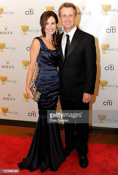 David Toms of the US Team and his wife Sonya Toms arrive on the red carpet at the Gala Celebration for the 2011 Presidents Cup at the Crown Towers on...