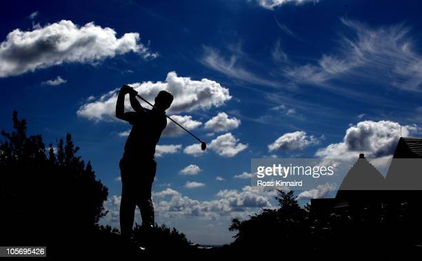 David Toms of the USA on the 10th tee during the first round of the 2010 PGA Grand Slam of Golf at The Port Royal Golf Course on October 19, 2010 in...
