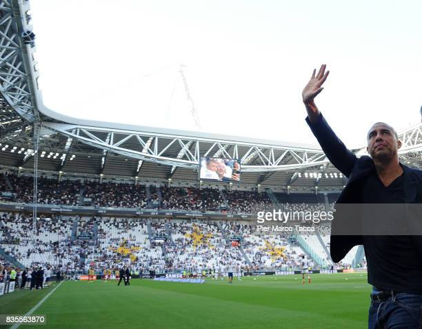 David Trezeguet greets the fans during the Serie A match between Juventus and Cagliari Calcio at Allianz Stadium on August 19 2017 in Turin Italy