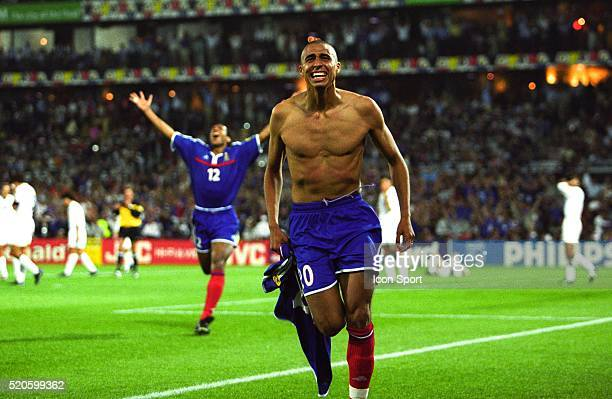 David Trezeguet of France celebrate the second goal during the final of the Football European Championships between France and Italy in Rotterdam,...