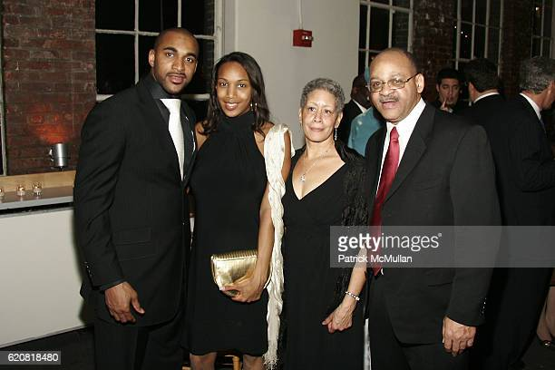 David Tyree Leilah Tyree Cheryl Rogers and Jesse Tyree attend CHILDREN OF THE CITY GALA Honoring DAVID TYREE and Hosted by RICHARD JEFFERSON with MC...
