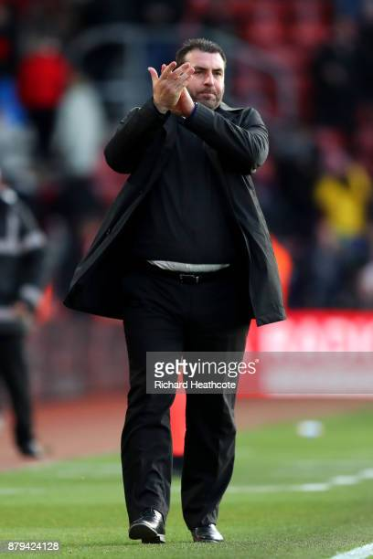 David Unsworth Caretaker Manager of Everton reacts after during the Premier League match between Southampton and Everton at St Mary's Stadium on...
