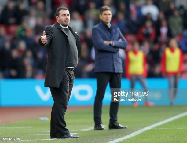 David Unsworth Caretaker Manager of Everton reacts as Mauricio Pellegrino Manager of Southampton looks on during the Premier League match between...